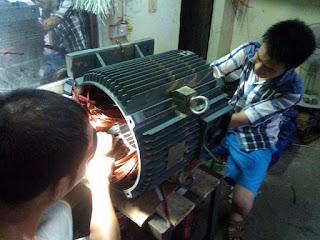 Sửa máy bơm nước bị bốc khói