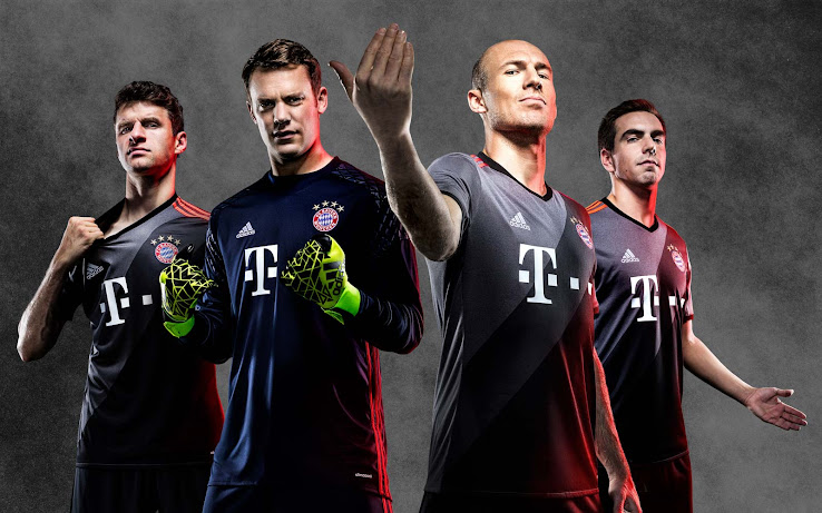cf55ad68bf3 The new Bayern Munich 16-17 away kit has been revealed this morning, worn  in Bayern's second training session with Ancelotti.