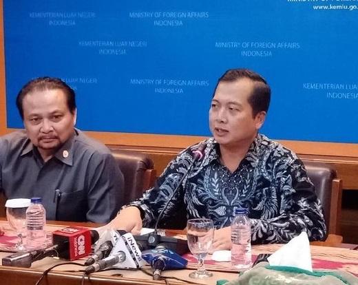 Direktur Perlindungan WNI Kemlu, Lalu M Iqbal menggelar jumpa pers atas eksekusi mati TKI Tuti Tursilawati