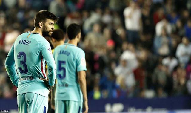 Barca bỏ bê tử huyệt, Messi bó tay: Có nên phí 100 triệu euro mua Griezmann? 1