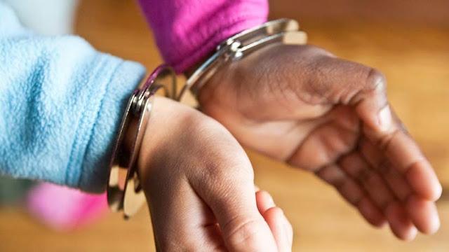 Doce hombres secuestran, drogan y violan a una joven de 19 años durante ocho horas en la India