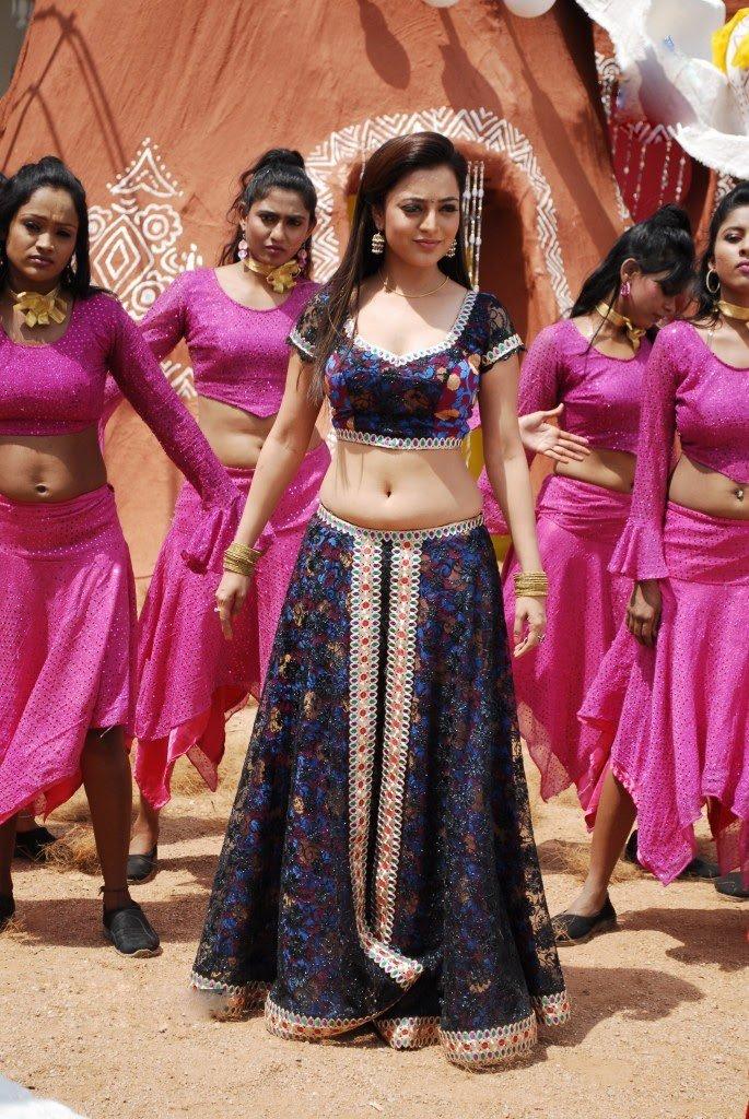 Elegant Nisha agarwal dancing moves at studio