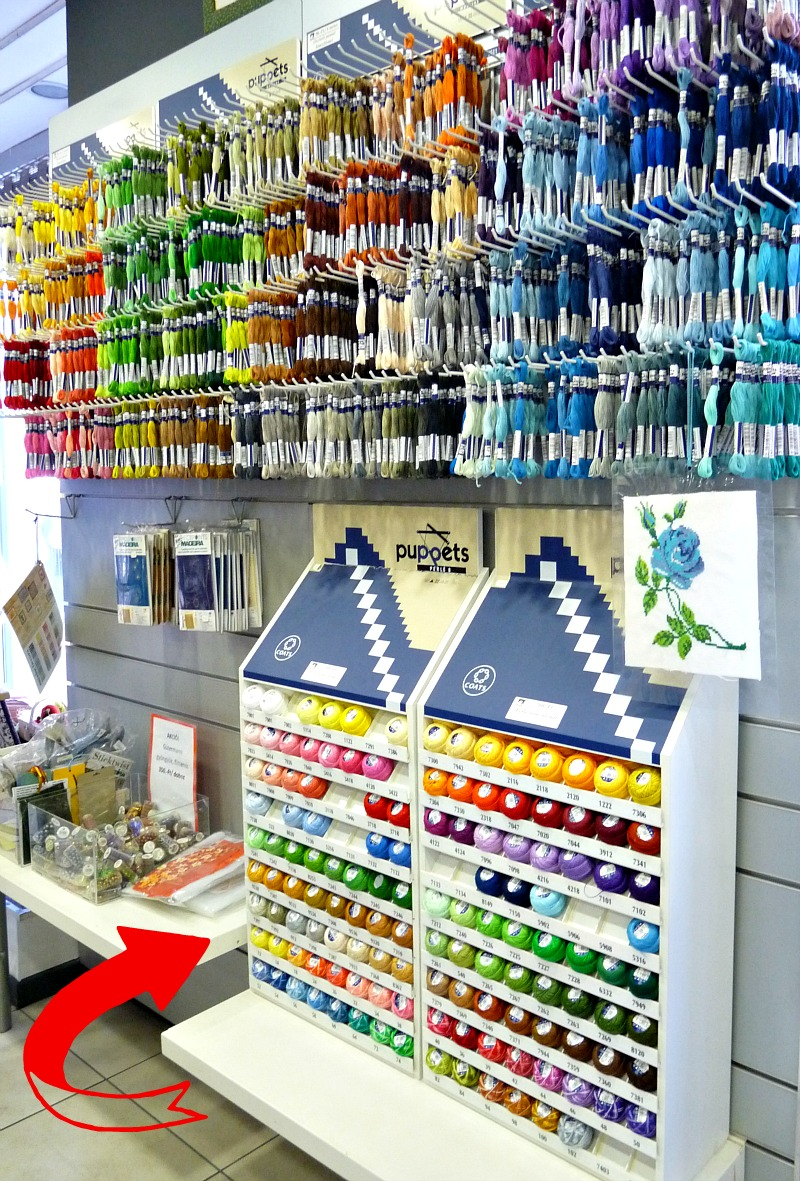 Embroidery thread display