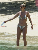 Lisa-Carrick-Bikini-Candids-in-Barbados-05+%7E+SexyCelebs.in+Exclusive.jpg