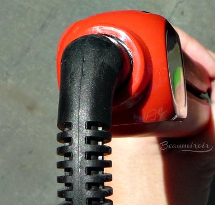 360 power cord of Irresistible Me Diamond Professional Styling iron
