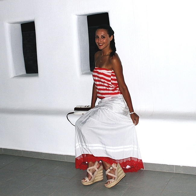 Jelena Zivanovic Instagram @lelazivanovic.Glam fab week.Best vacation outfits.Red and white stripes dress.