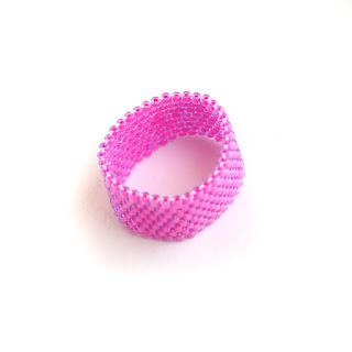 купить розовое женское кольцо 14 15 16 17 18 19 20 размера бижутерия из бисера рф