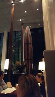 jantar no D.O.M alex atala decoração canoa