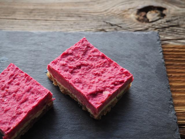 Rezept für Raw Cake mit Himbeeren