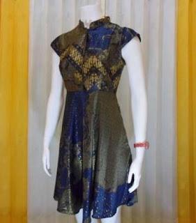 Gaun batik wanita lengan pendek