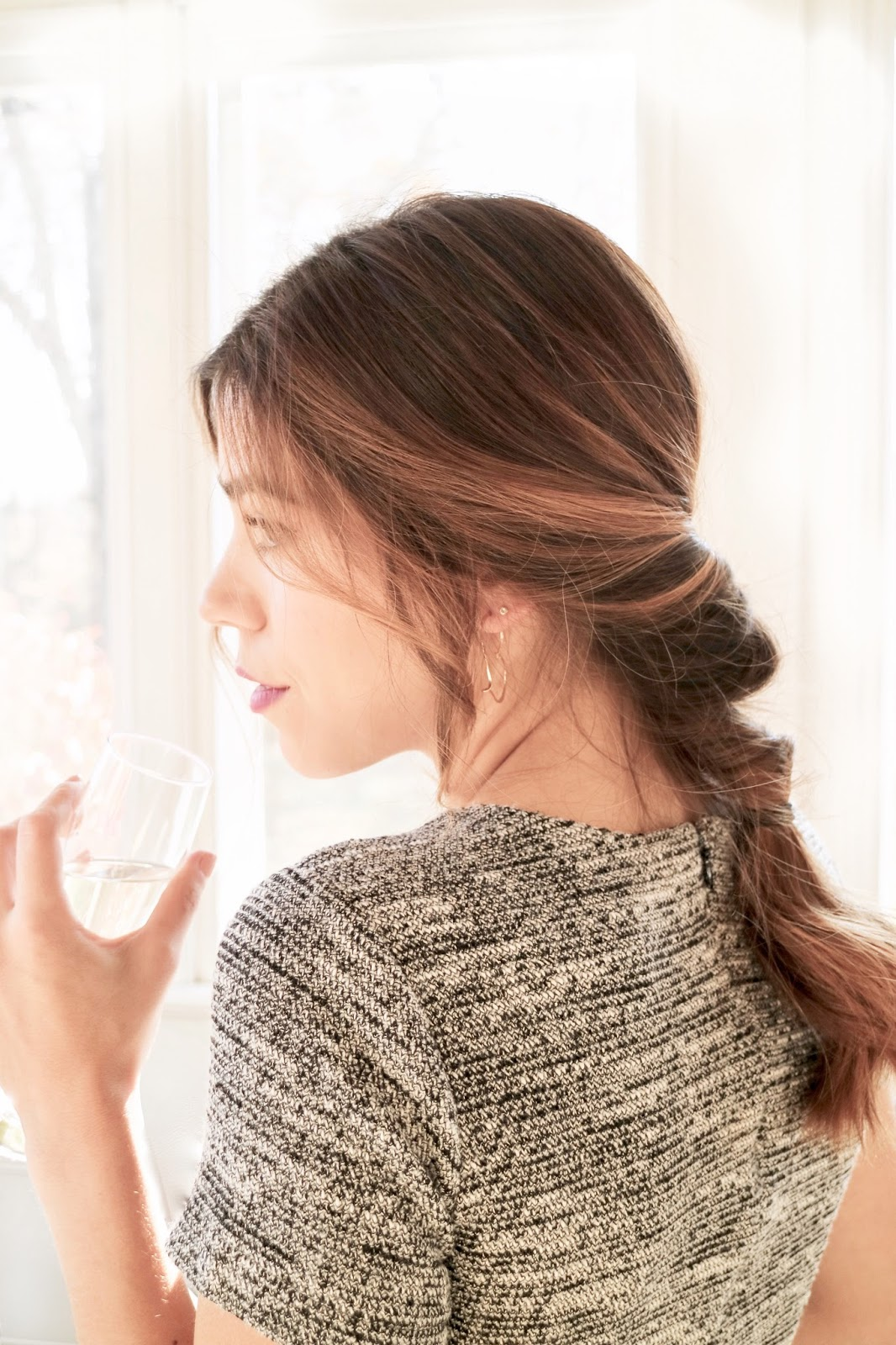 A 5 Minute Updo Perfect For Holiday Parties
