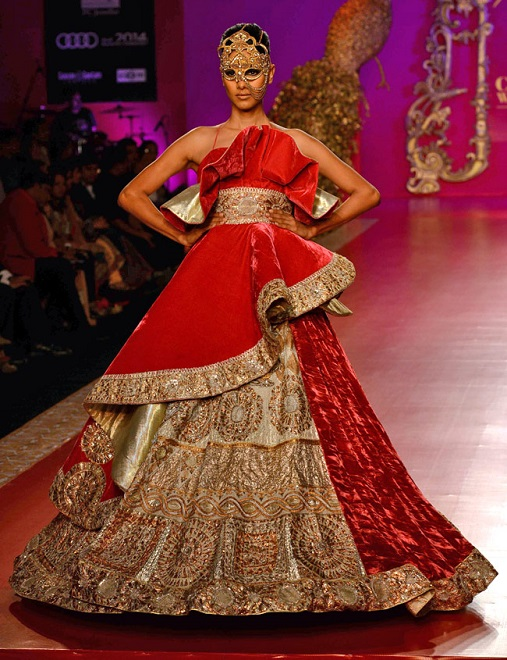 Fashion Designer Outfits Ritu Beri At India Bridal Fashion Week 2013