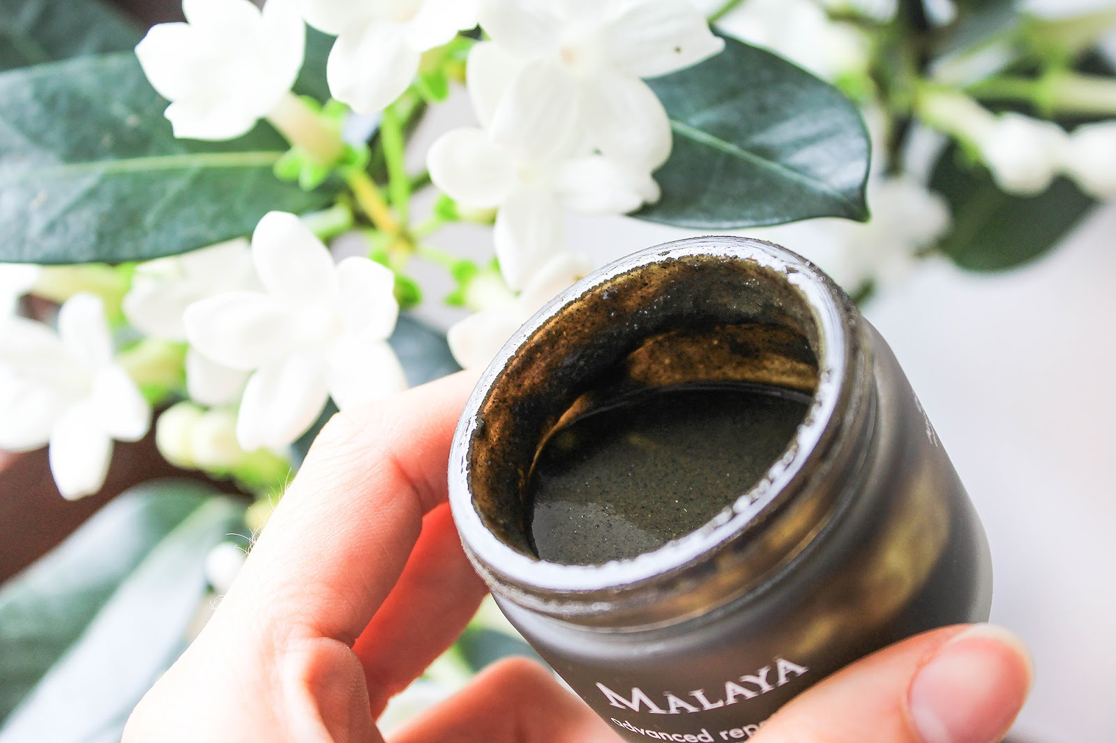 Malaya Organics Advanced Repair Mask Neem Honey Herbal Complex. Runny, gritty consistency.