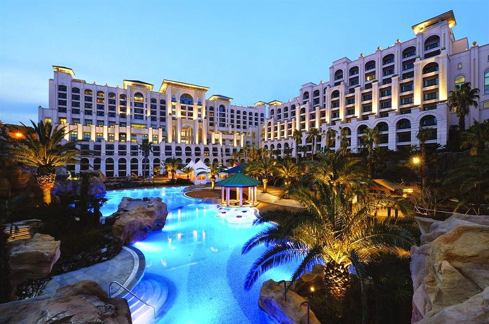 http://4.bp.blogspot.com/-mgxkOrFV-kA/U3pL9NNAPgI/AAAAAAAAHaY/hILvOGoyhXo/s1600/Lotte+Hotel+Jeju.jpg