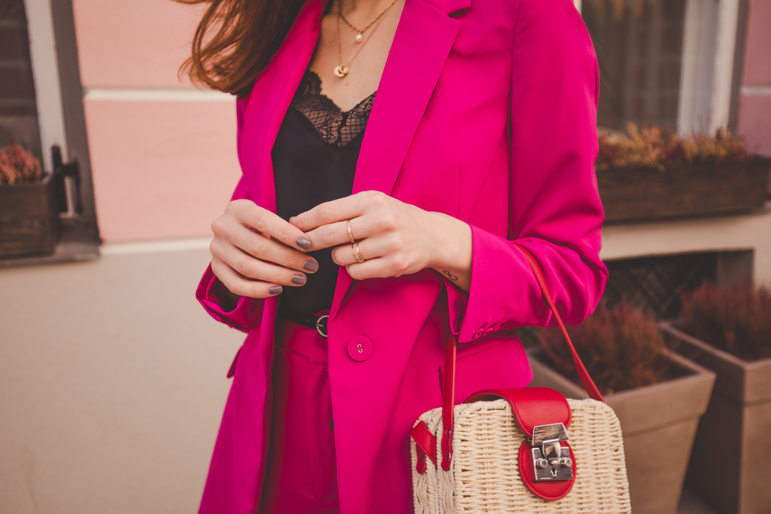 pink red colorblock outfit