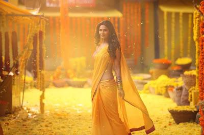 Beautiful Indian Actress And Model Vaani Kapoor In Yellow Color Saree.