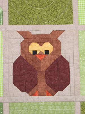 Tic Tac Hoot owl block by Canuck Quilter Designs
