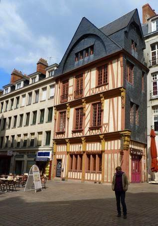 Barrio de Plateu Ste-Croix de Nantes.