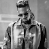 "Novo álbum duplo ""Heartbreak On a Full Moon"" do Chris Brown contará com 45 faixas"