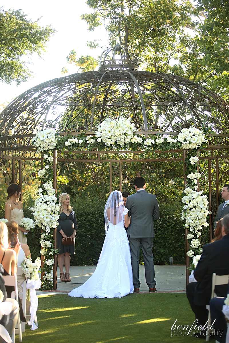 Katy Did A Little Reading Which Was Precious And Kris Allen Performed All The Main Wedding Rites Perfectly