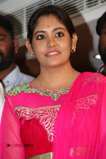 9 Giragankalum Ucham Petravan Tamil Movie Pooja Stills  0034.jpg
