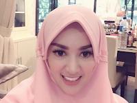 Berhijab tapi Pakai Pakaian Minim Dan Ketat, Tiara Dewi Banjir Komentar Pedas Netizen