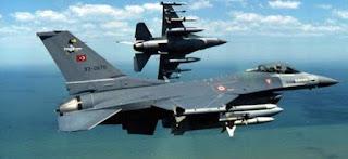 Δύο τουρκικά αεροσκάφη ήταν οπλισμένα