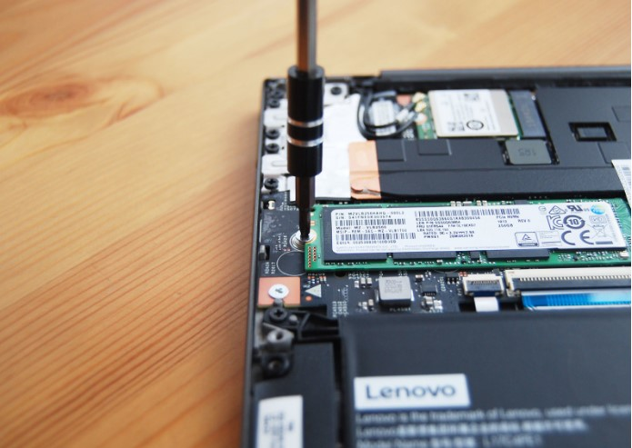 How To Upgrade The Ssd In Lenovo Ideapad 730s