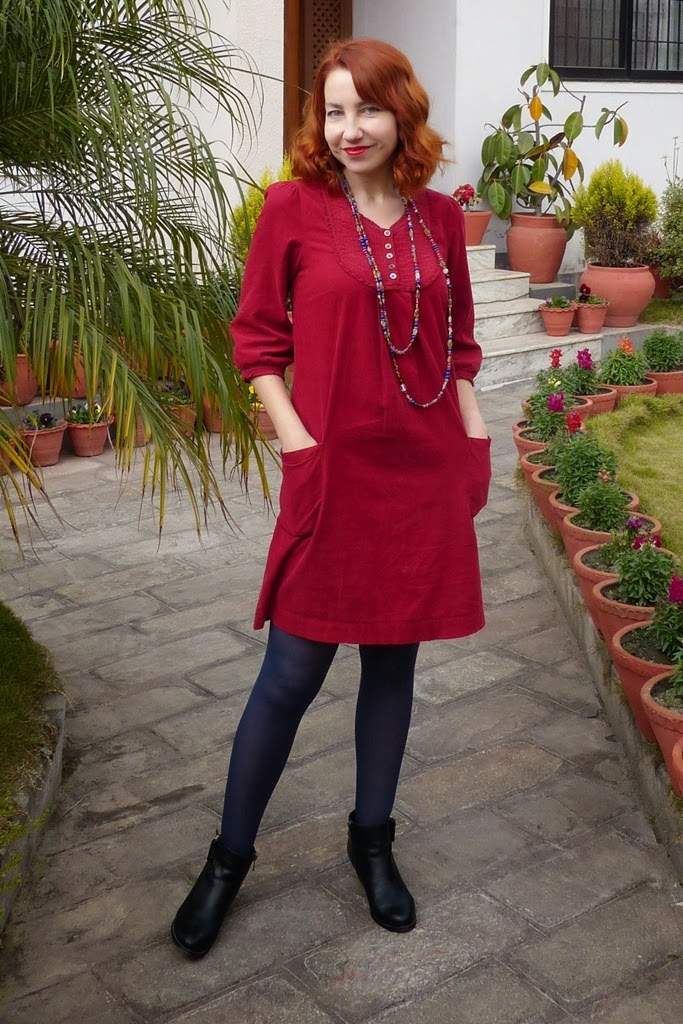Local Fashion: Little Red Dress