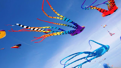 High quality different colorful Kites hd photos and images collection. Awesome flying Kites new pictures and images. Amazing Kites in sky best design collection in 1080p