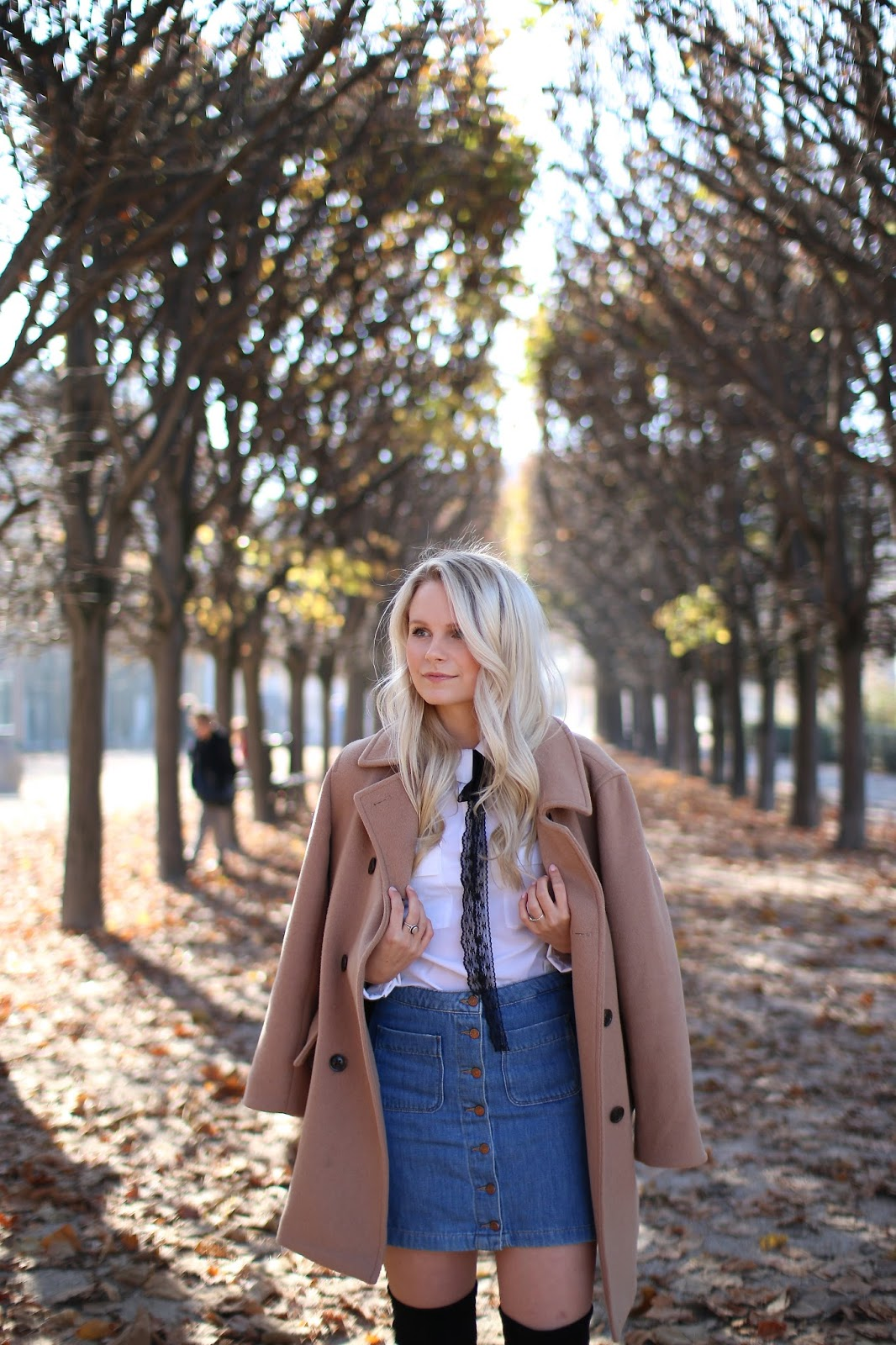 wandering paris on foot in the fall