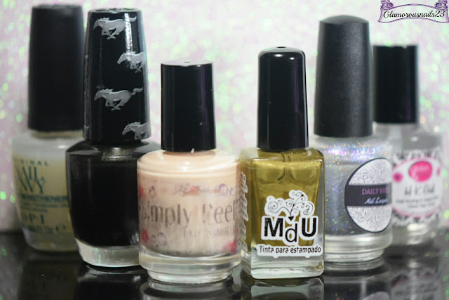 O.P.I. Original Nail Envy, O.P.I Queen Of The Road, Bliss Kiss Simply Peel Latex Barrier, Mundo De Unas Gold, Daily Hues Nail Lacquer LE # 10 & Glisten & Glow HK Girl Fast Drying Top Coat