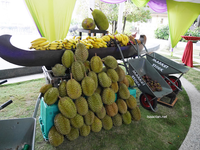Durians, bananas, mangosteen, and many more fruits