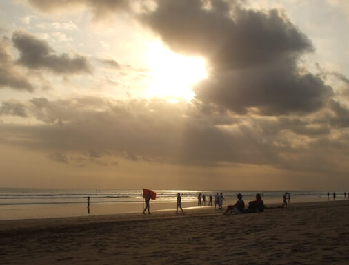 Double Six Beach Bali offers a charming beachfront in addition to relaxing atmosphere from daily acti Double Six Beach Bali - Lovely Seascape And Vibrant Sunset!