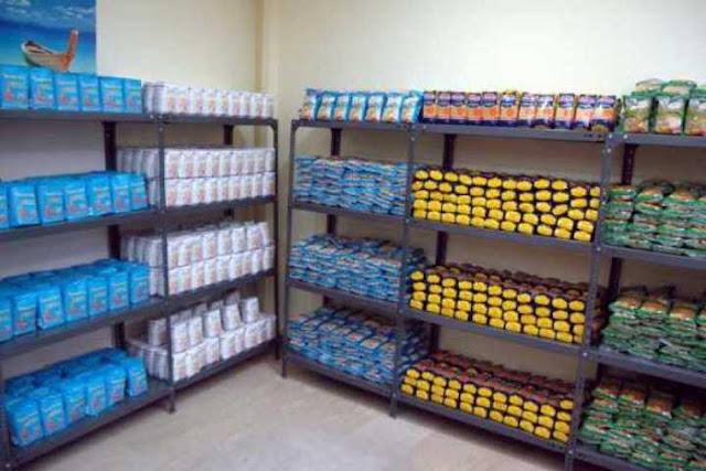 Διανομή τροφίμων της Κοινωνικής Σύμπραξης Λάρισας στα πλαίσια του ΤΕΒΑ