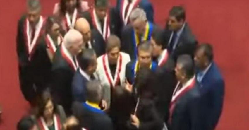 Reacciones de los Congresistas ante propuesta de recorte de mandato por el Presidente Martín Vizcarra [VIDEO]
