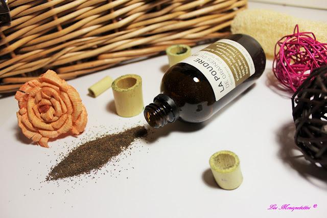 La poudre de Graines de Pin Maritime - Océopin - Blog beauté Les Mousquetettes©