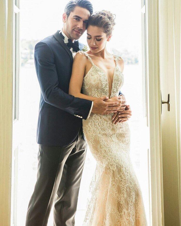 Neslihan Atagül Wedding Dress