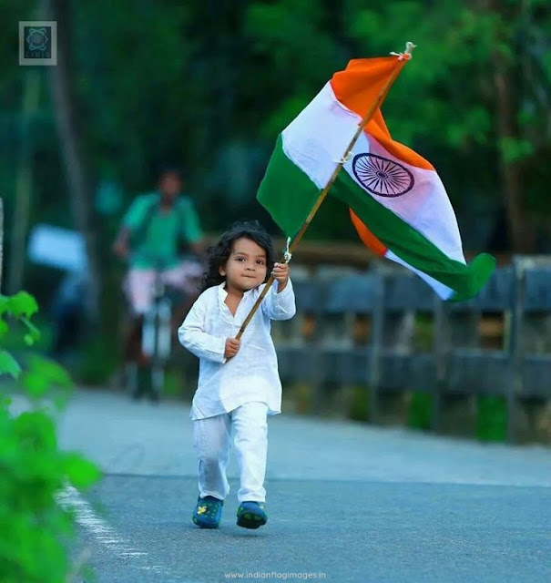 Baby-holding-india-flag-photos-hd-images
