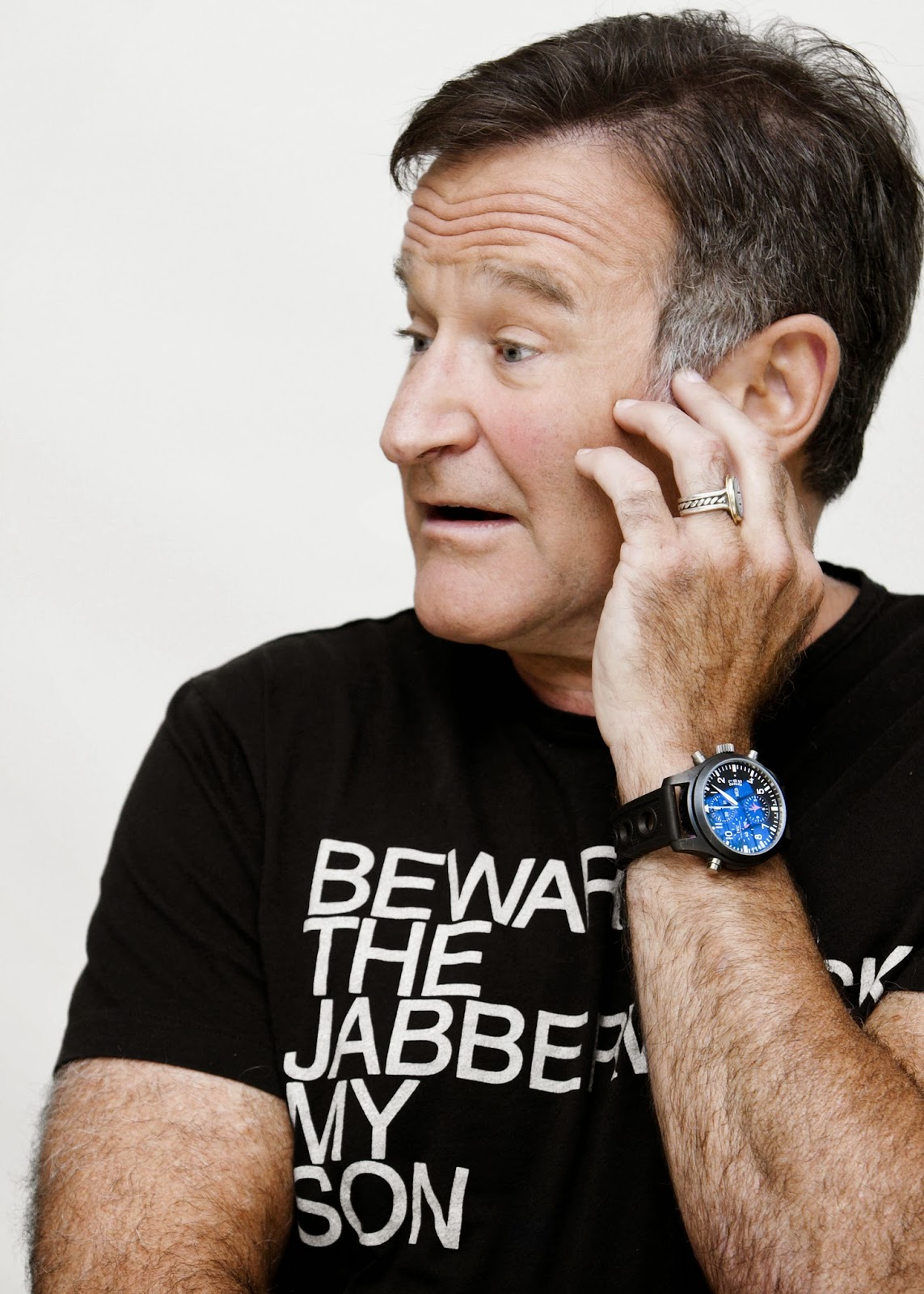 Robin Williams commits suicide, 11 Aug 2014