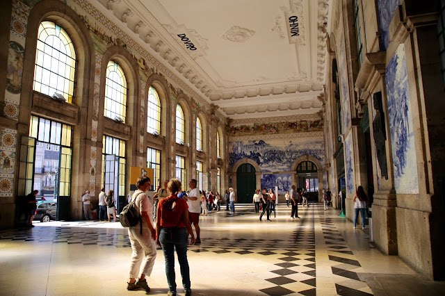 sao Bento train station,, Porto, Portugal