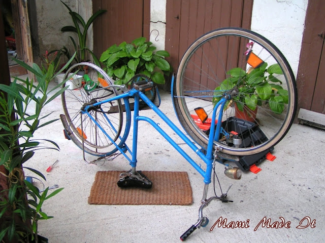 Bike Upside Down - Fahrrad verkehrt