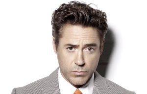 Robert Downey Jr. sebagai Tony Stark / Iron Man