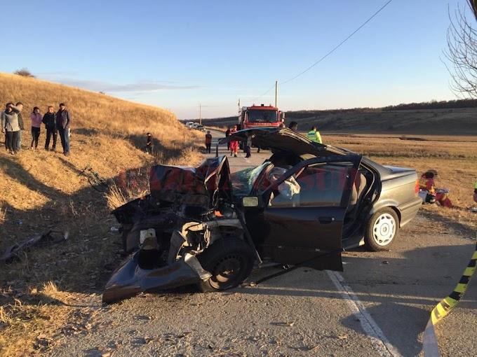 VIDEO-Două persoane, soţ şi soţie, au murit în accidentul de la Vârvovu de Jos
