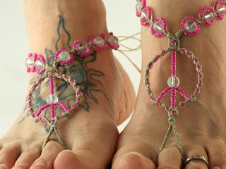 http://www.mojosfreespirit.com/collections/barefoot-sandals/products/hand-braided-hemp-peace-sign-barefoot-sandals-glow-in-the-dark