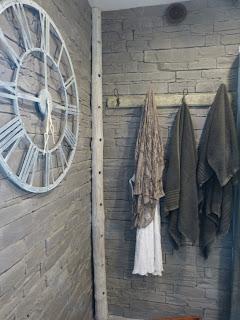 minimalisme, porte§manteaux, porte-serviettes