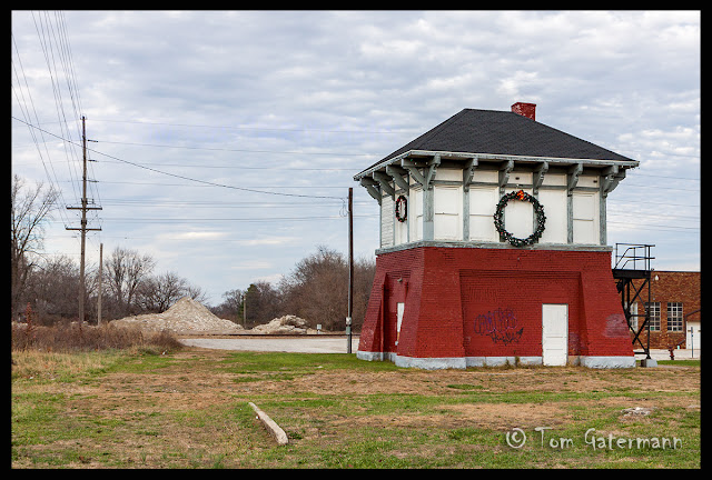 Abandoned Pana Railroad Tower - Pana, IL
