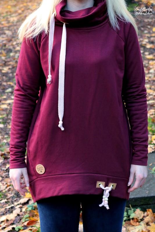 Pullover Tante Herta mit Kragen aus bordeaux rotem Sweat Schnittmuster von Echt Knorke