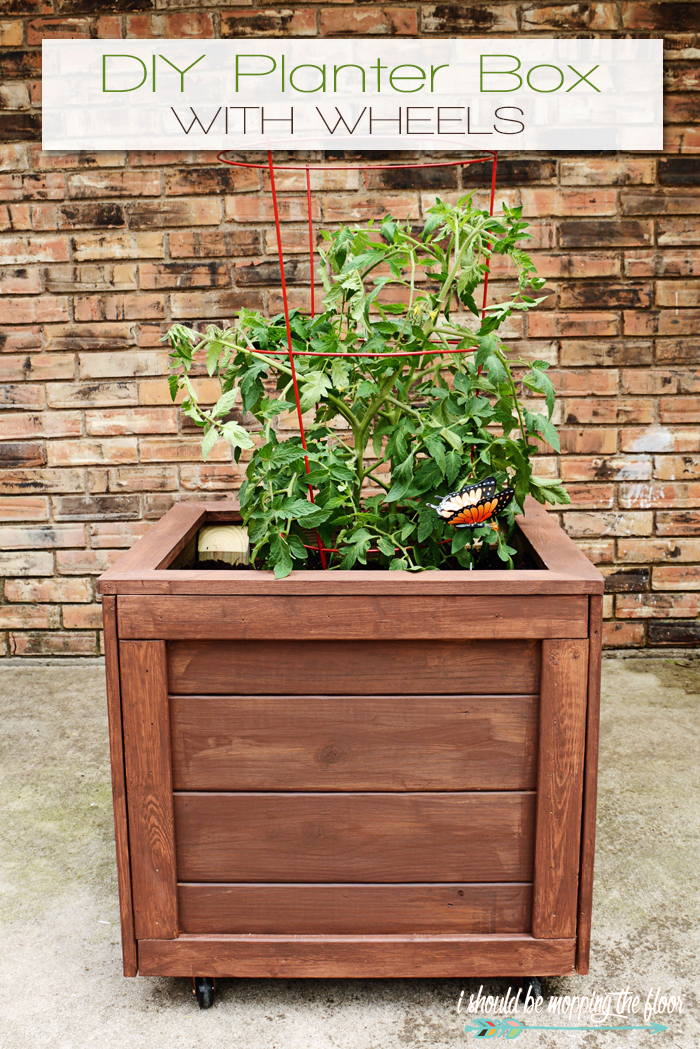 i should be mopping the floor: DIY Planter Box with Wheels