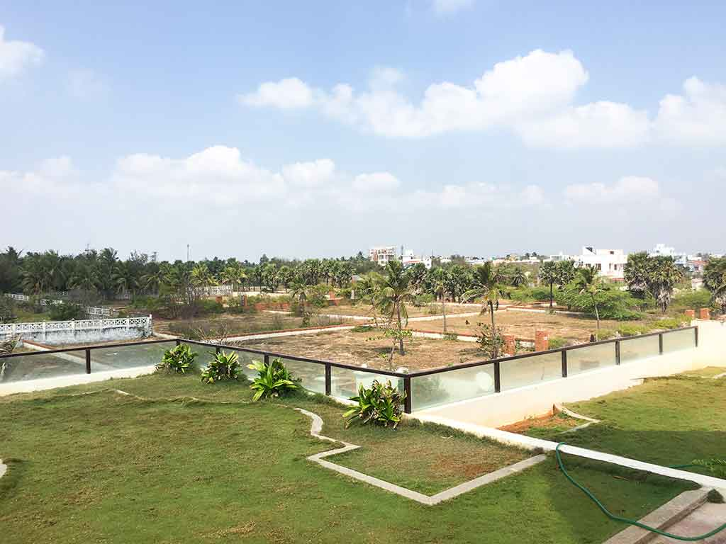 costly beach house for 1 day rent in ecr